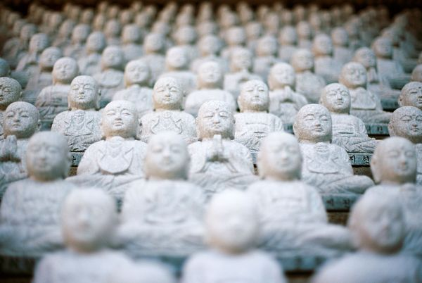 Feldenkrais Übung: Hüftgelenke – kleiner Buddha